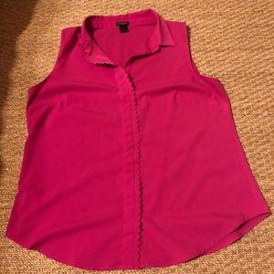 Magenta sleeveless button down blouse scallops